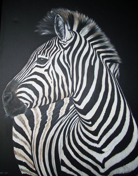 zebra looking back - gallery zoombeeart