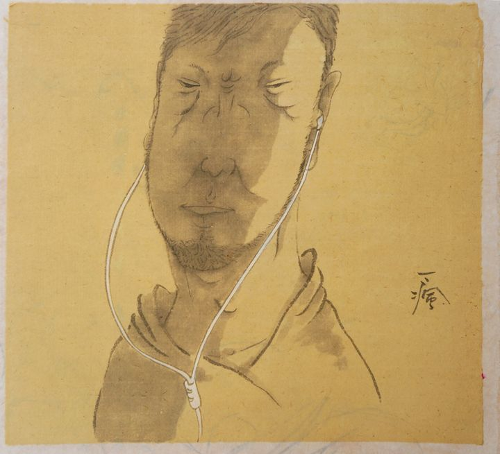 People earing a white earphone4 - Yi Feng