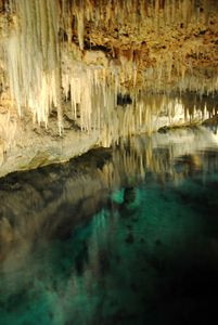 Crystal Cave - Bermudas - SEVEN