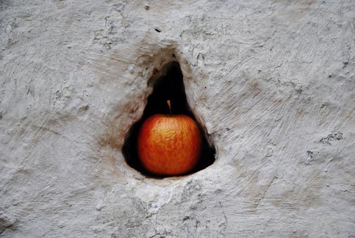 The forbidden fruit - SEVEN
