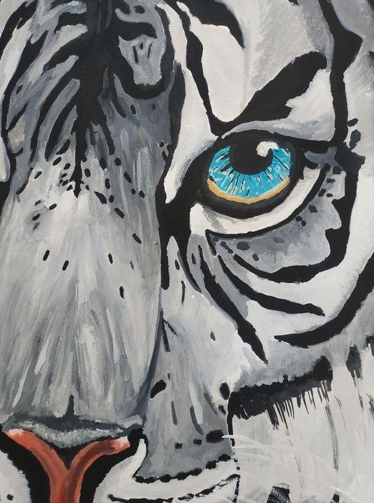 White tiger head - chris
