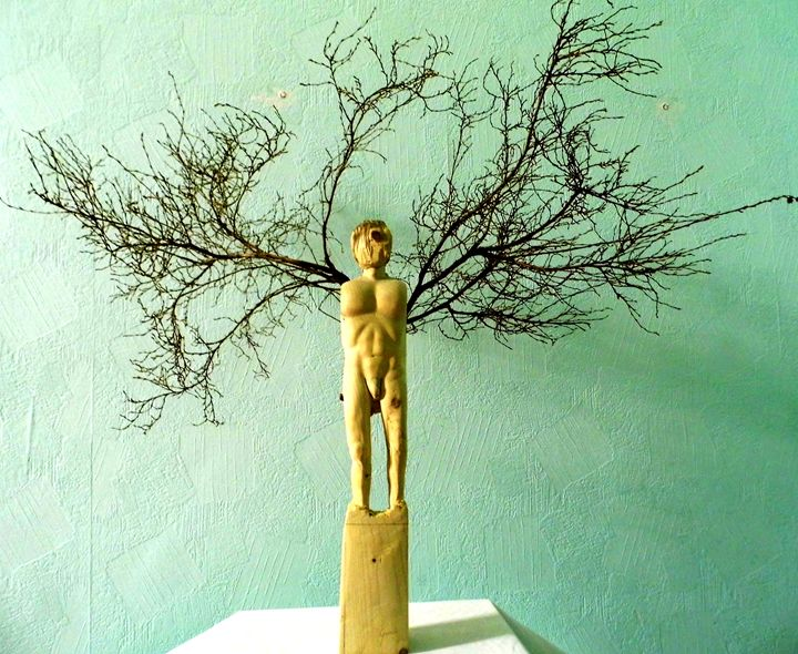 Wooden angel - Guinchi