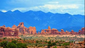 Utah - Arches and Mountains 14