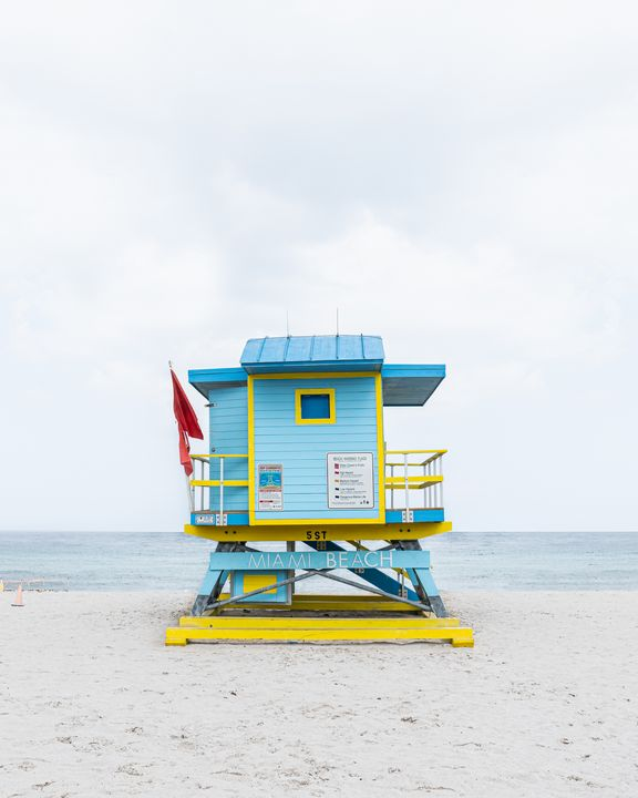 Lifeguard Hut 5th St - Andrea Bernal Photography