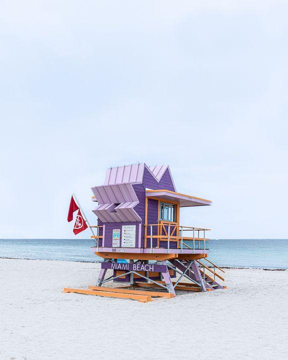 Lifeguard Hut 100th St - Andrea Bernal Photography