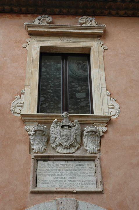 Taormina Window - Kina Aasa