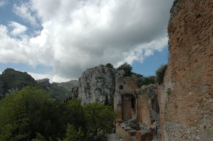 Ruins Mediterranean - Kina Aasa