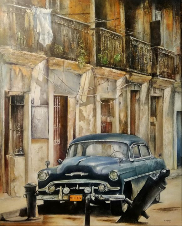 Blue car- Old Havana - tomascastano