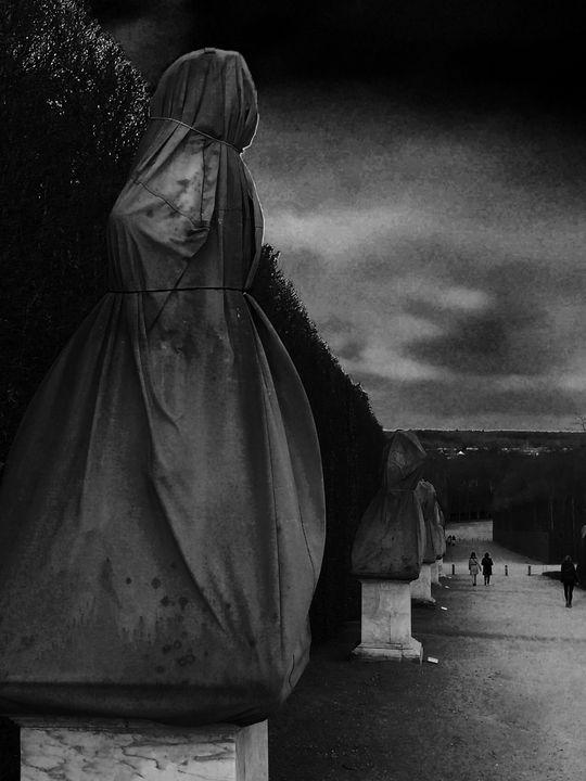 Versailles sentinnel - Ricardo Trotti Art