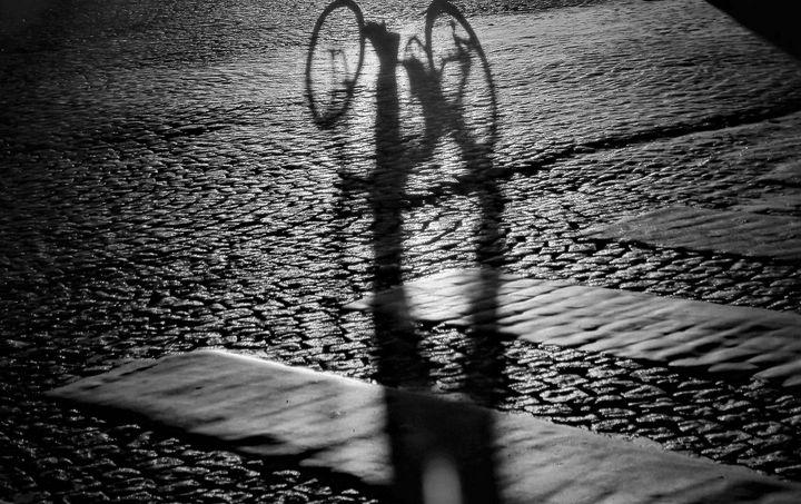 Paris Shadows are dancing - Art Paris Bettembourg
