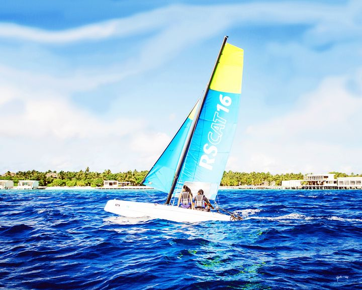 Cat Sail Away In Maldives - Angelo