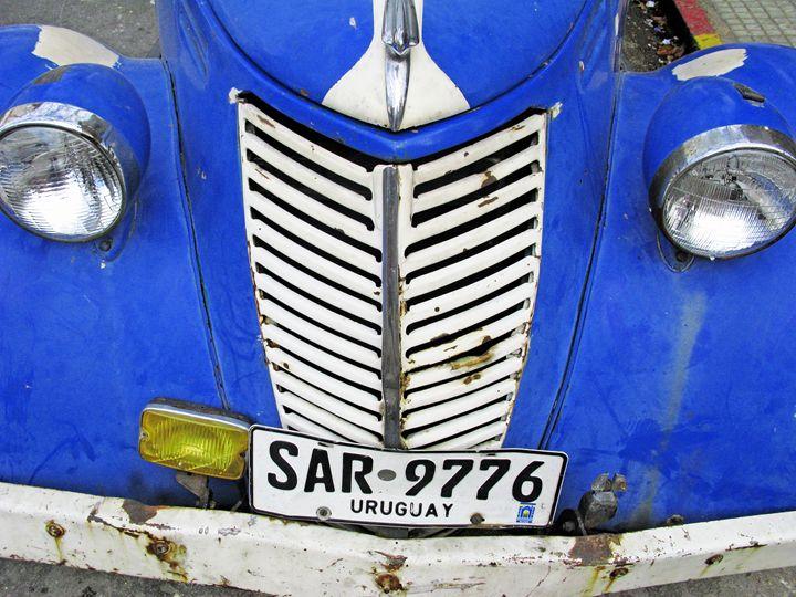 Colourful Old Car. Montevideo, Urugu - Steve Outram