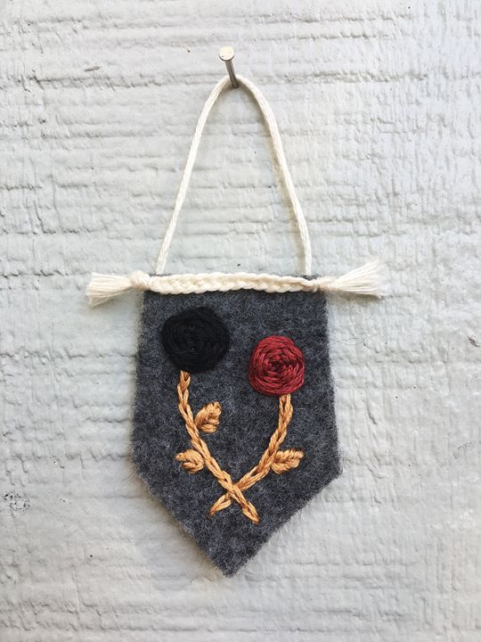 Black rose Red rose - Sheila Sarti