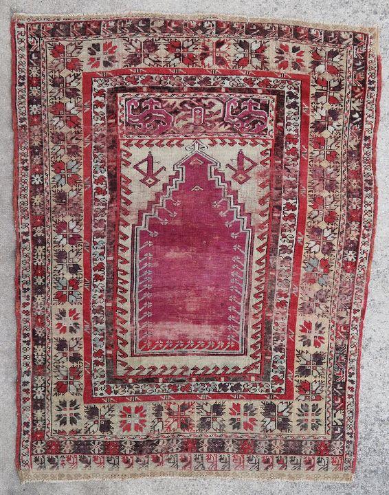 Anatolian rug Kirsehir 1900 - Wall