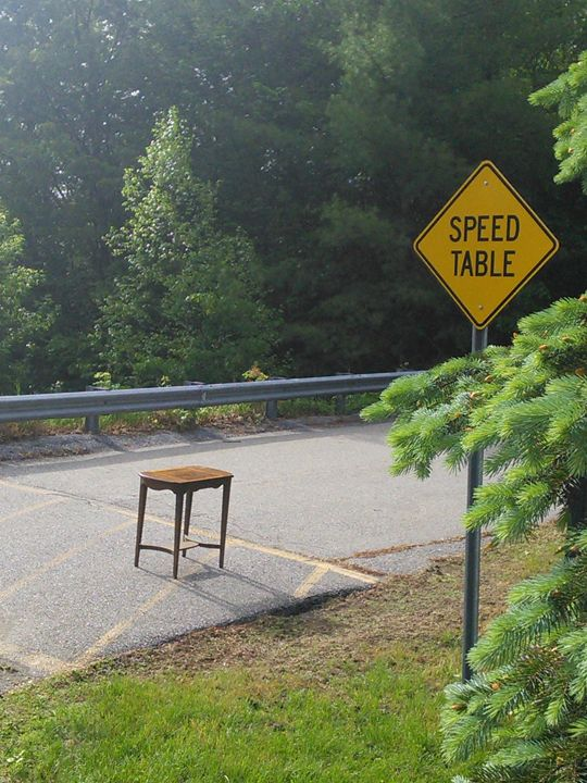 """Table Humor"" - Photo"