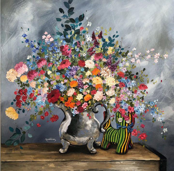 The cat and the vase. - Adriana Sosa
