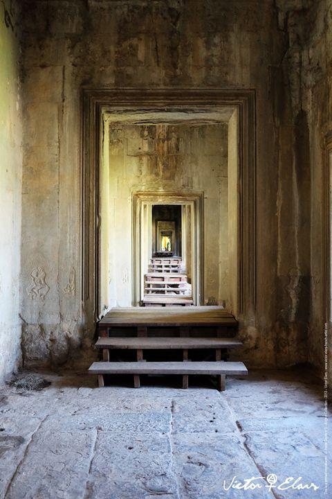 Angkor Collection - Inside Doors N°5 - Victor ELARS - french artist