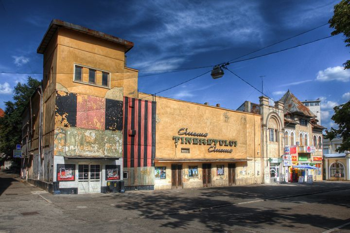 Vintage cinema building - Vlad Baciu Photography