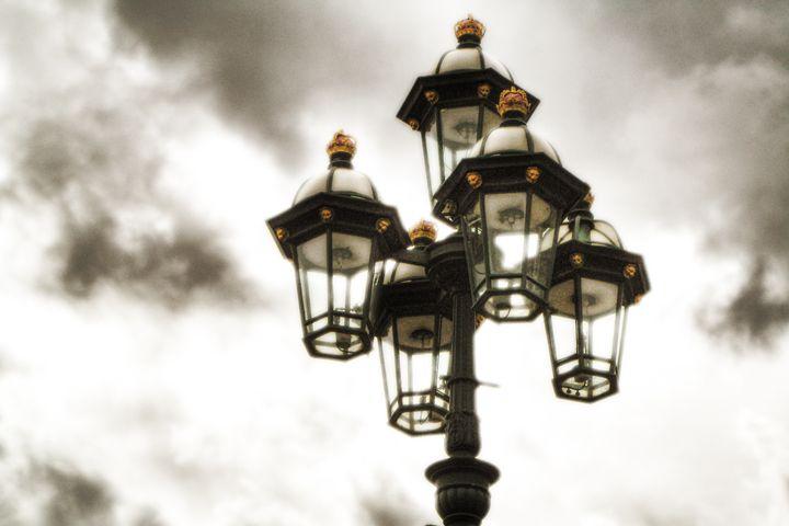 british street lamp - Vlad Baciu Photography
