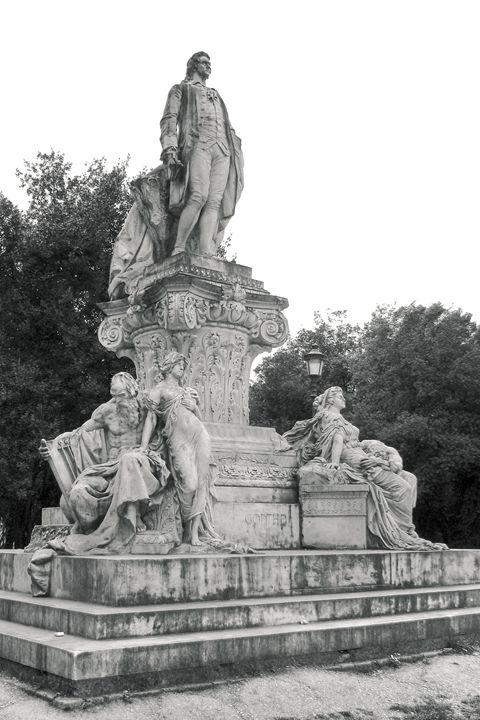 Goethe statue in Villa Borghese - Vlad Baciu Photography