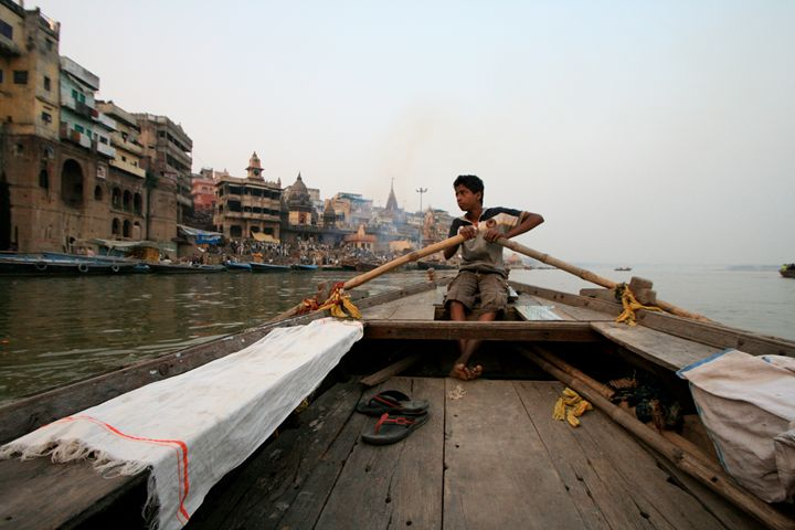 Varanasi Boy - Beynsh Photography