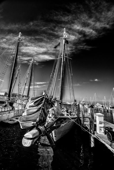 Docked - Kcable