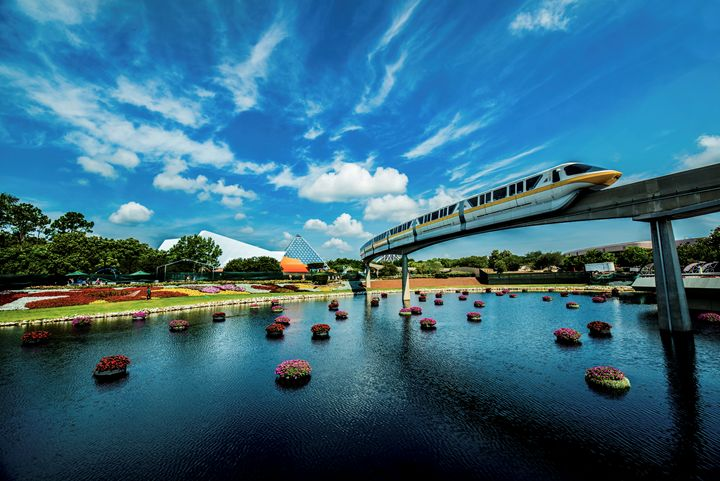 Epcot monorail - Kcable