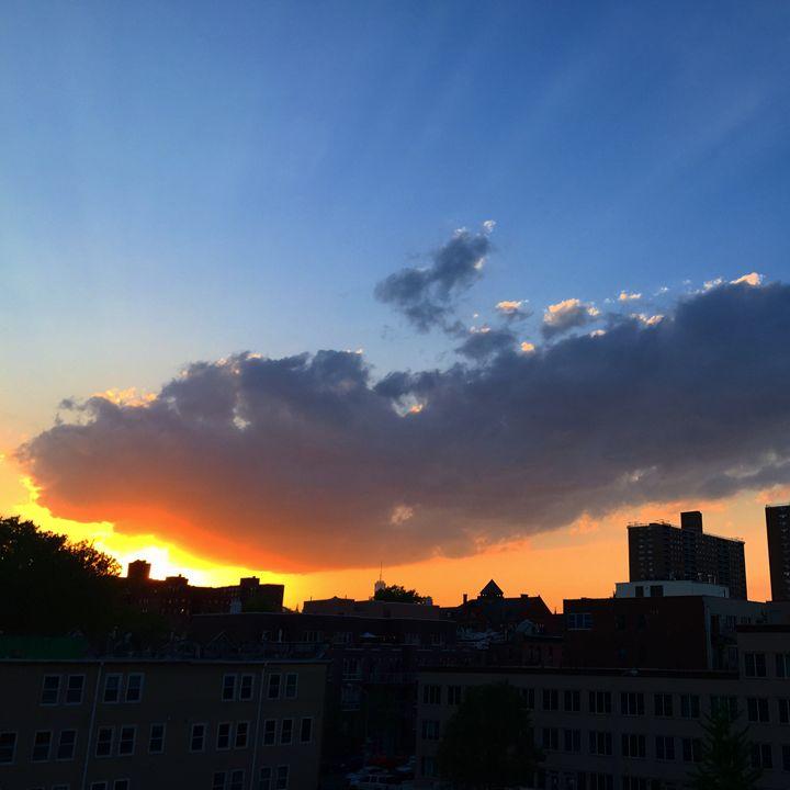 Brooklyn Sky No. 30 - Mie Otono