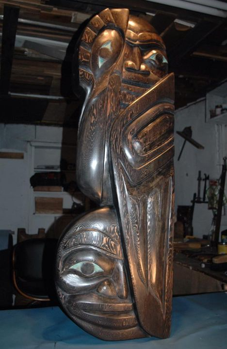 Man, moon and raven totem - Lohrenz wood masks