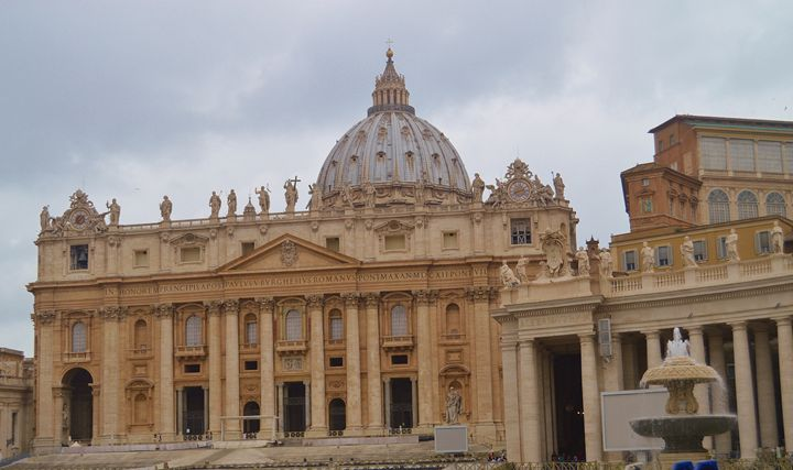 Beautiful St. Peter's Basilica - Hankins Gallery