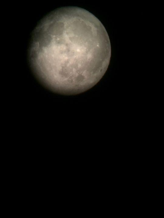 Moon - Anne Kish