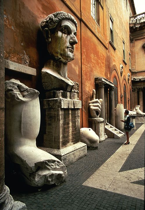 Emperor Constantine in Rome - Carl Purcell - Global Photography