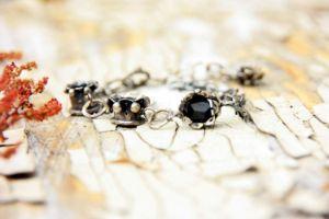 Three bellflowers bracelet