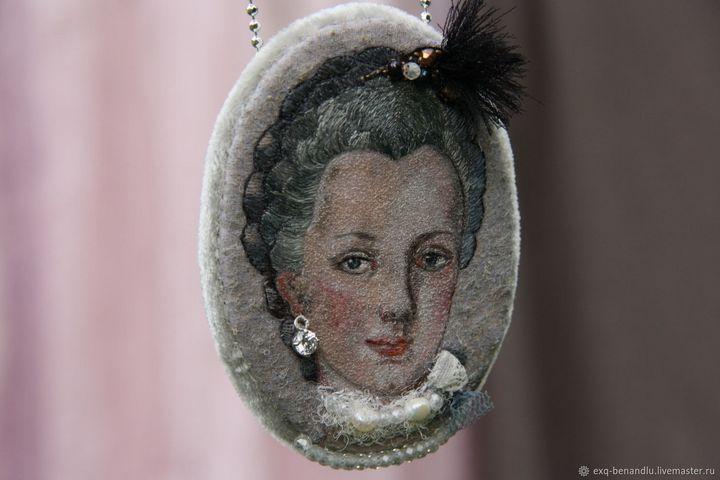 Maria Josepha pendant-brooch - BENANDLU Art - Evgenia Alexeeva