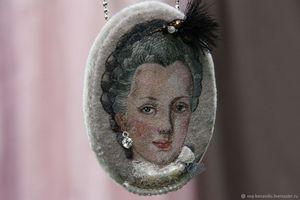 Maria Josepha pendant-brooch