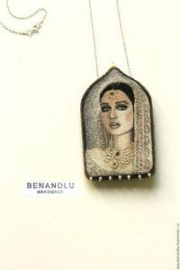 Oriental beauty pendant-brooch