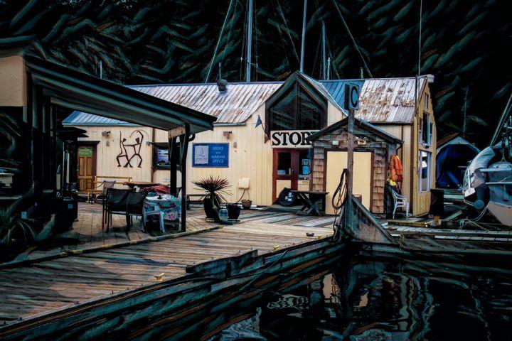 Marina Store - Pixtrinsic