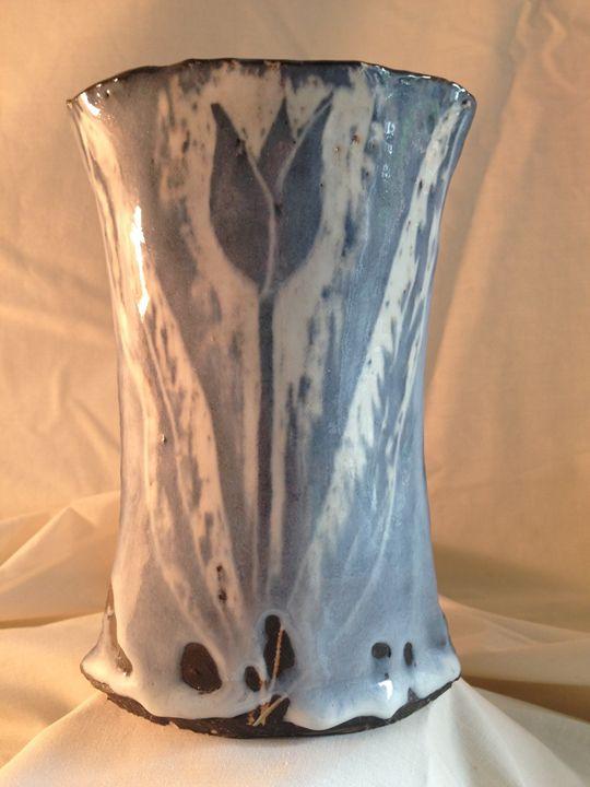 """Vase """"Black Tulip"""" - Maria's Gallery"""