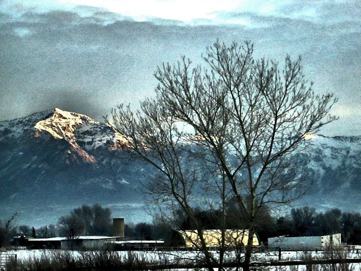 Mountains 4 - Heritage Art