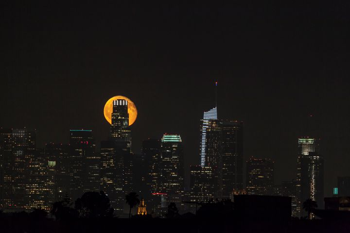 Full Moon in Los Angeles City. - Ale Moraes Fine Art Photography