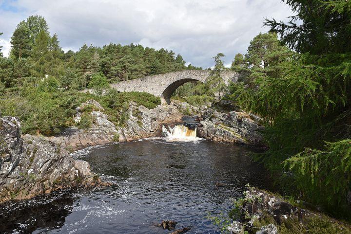 Little Garve Bridge from the River - MonksArt