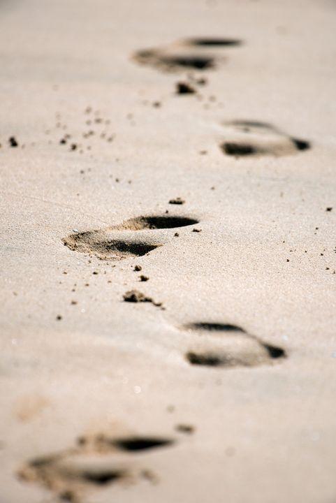 Footsteps in the Sand - MonksArt