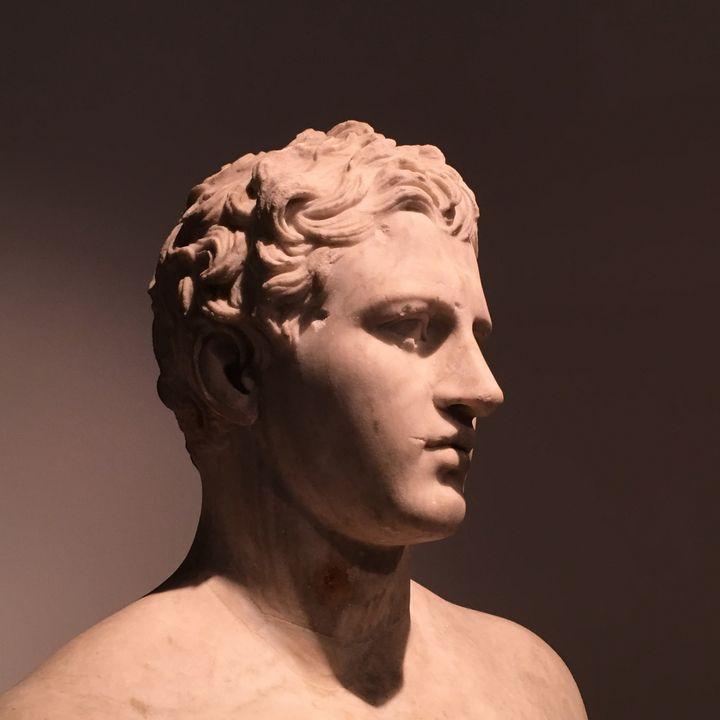 Statue of Man, Classical Greek - Altiora Photographix