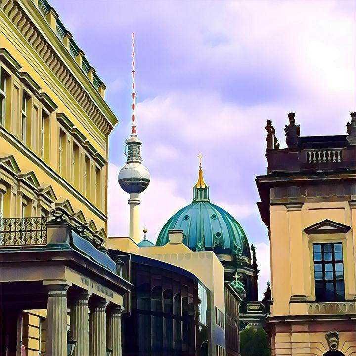 In the Beating Heart of Berlin - Altiora Photographix