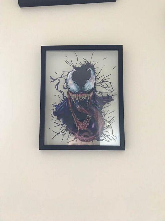 Venom Transparent framing - Comicssraw.21