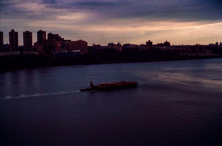 River Boat - Jay Kim Photography