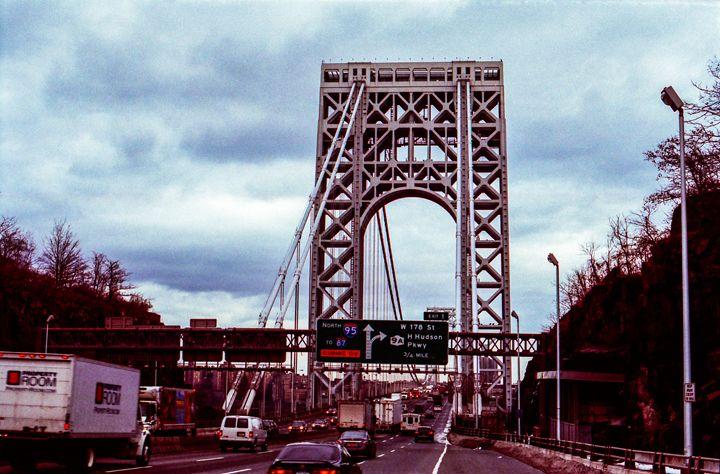A Stroll Across the Bridge - Jay Kim Photography