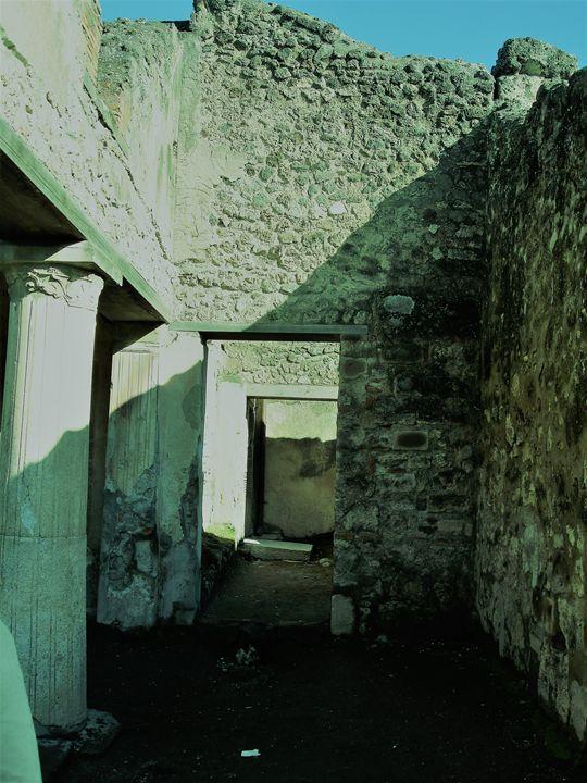 italy ruins - BullHeaded Art