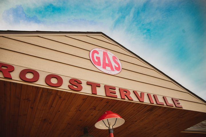Roosterville Airport - Chloe Delainey Media
