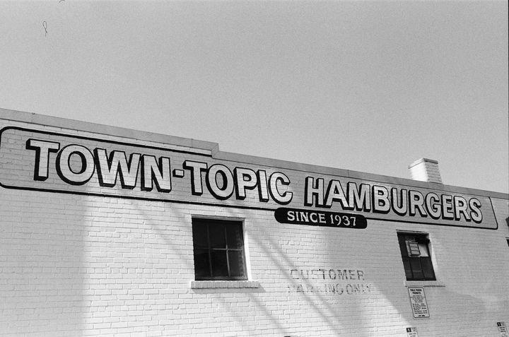 Town-Topic Hamburgers - Chloe Delainey Media